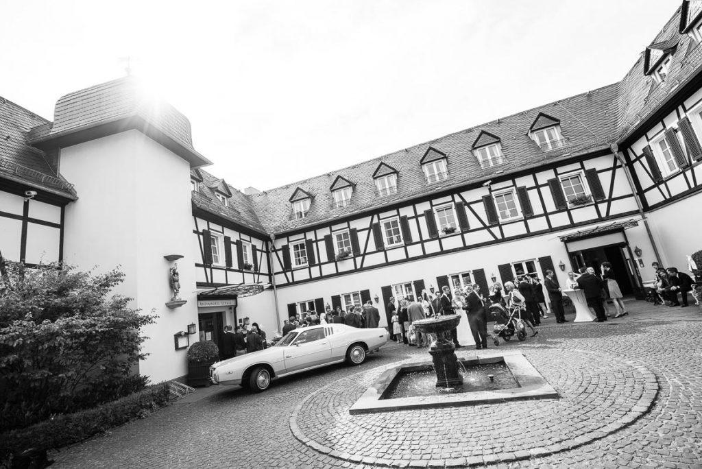 056_Hochzeitsfotograf_Rheinhotel_Schulz