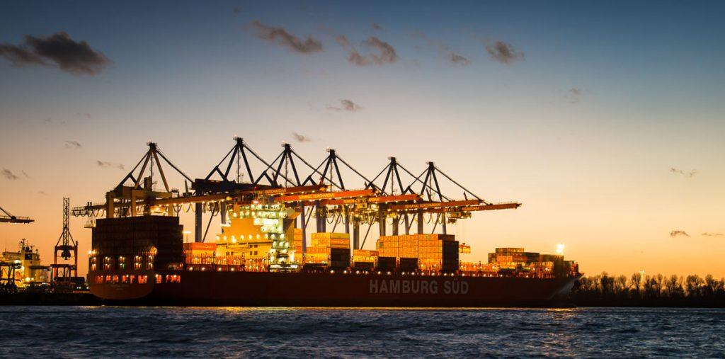 938_Containerverladung_Hamburg_DE
