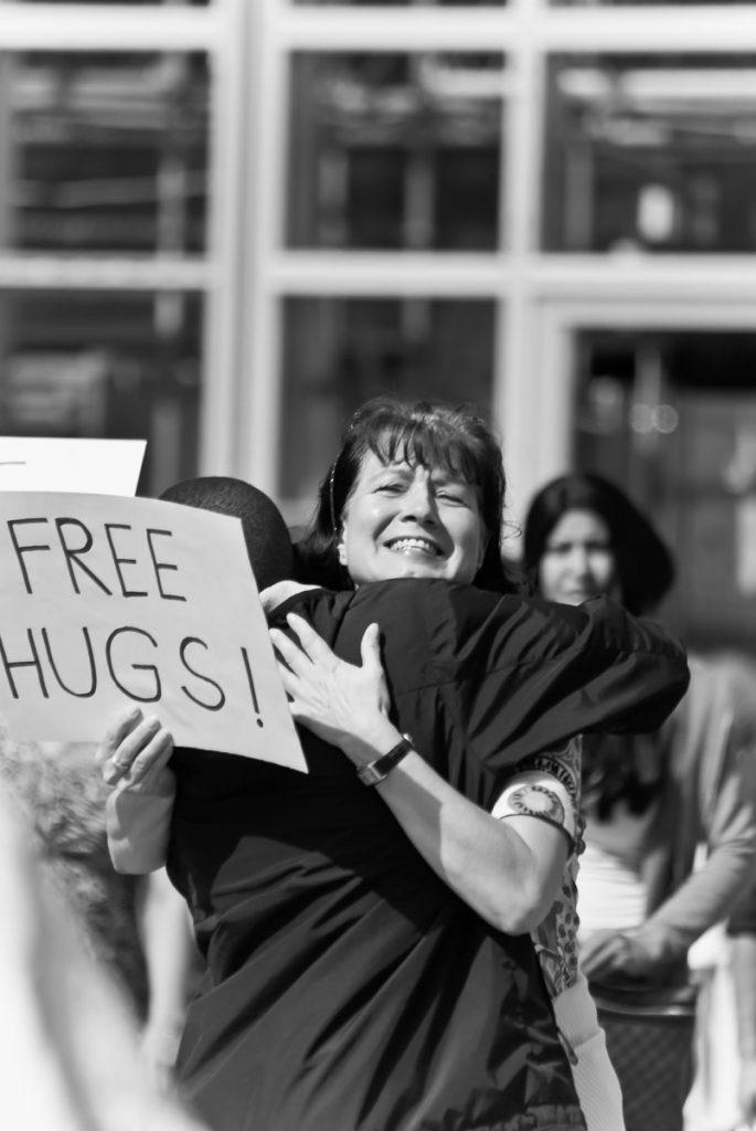 976_Free_Hugs_Koeln_DE